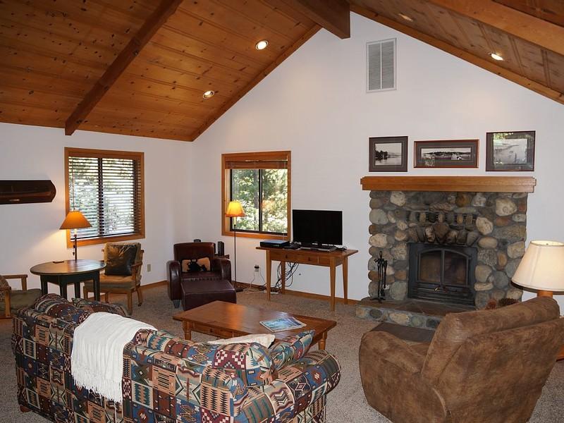 McRuby Tahoe Cabin photo