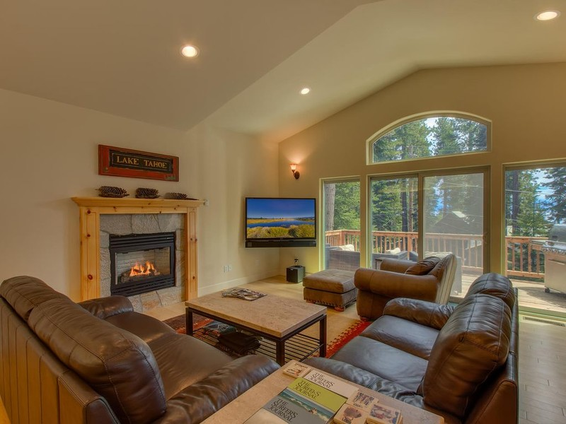 Modern Beautiful Lake Tahoe Cabin photo