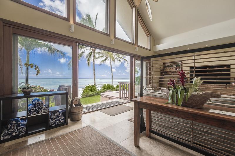 Aloha Beachfront Bliss Home
