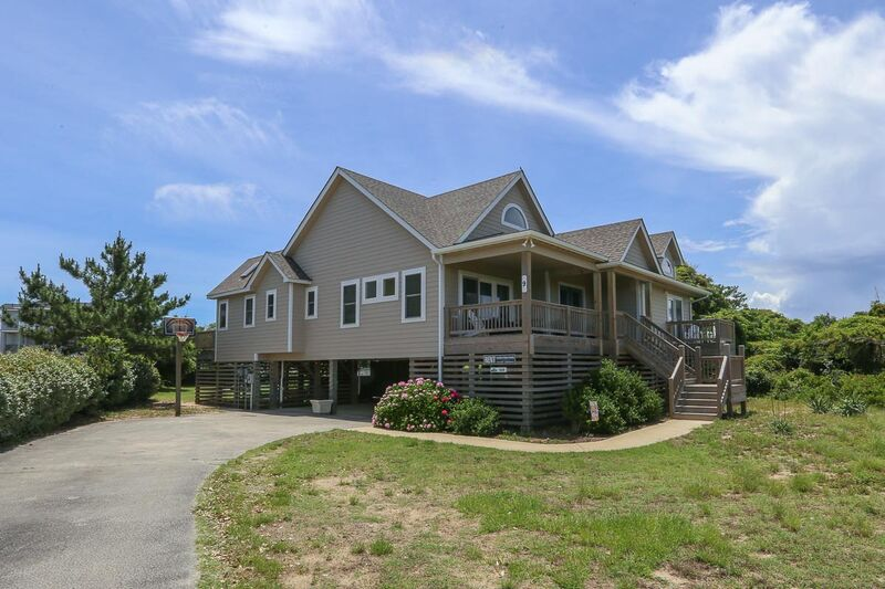Outer Banks Vacation Rentals - 0010 - BEACH DAZE