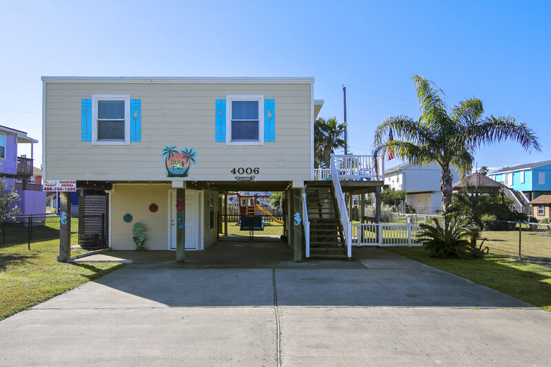 Ryson Real Estate and Vacation Rentals: Casa Mingo in West End