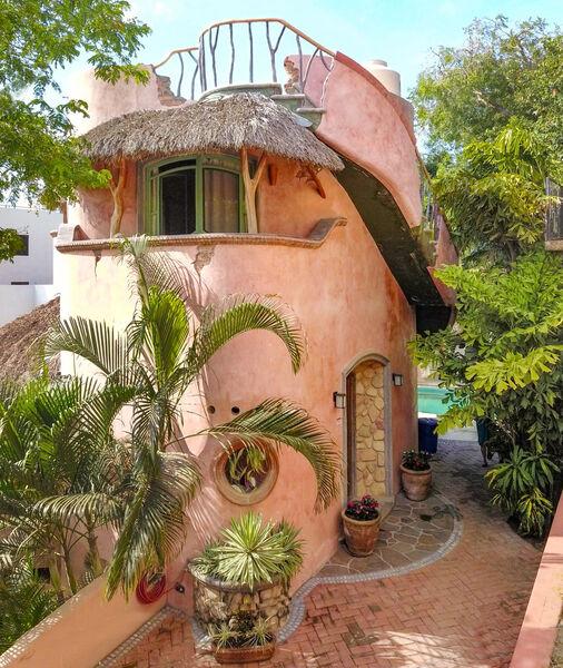 Casa Cocoon