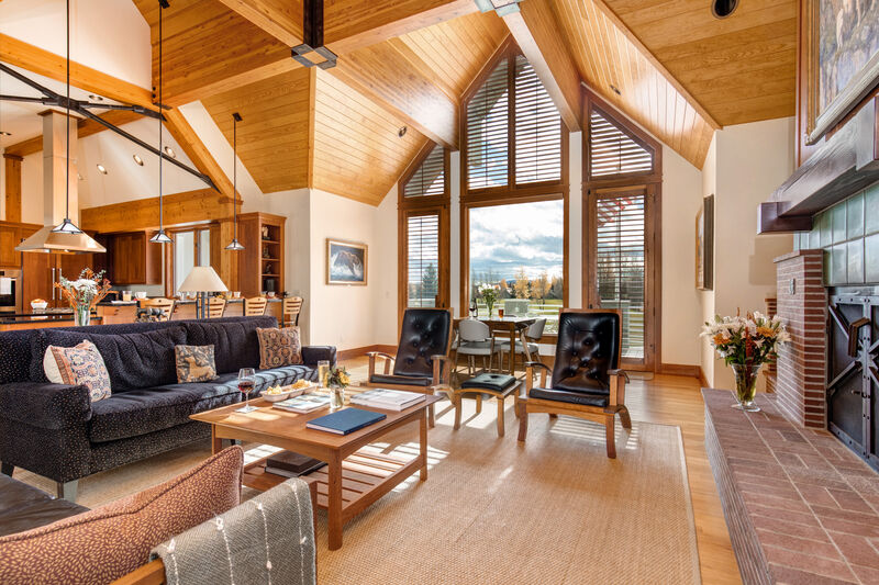 Abode at White Pine