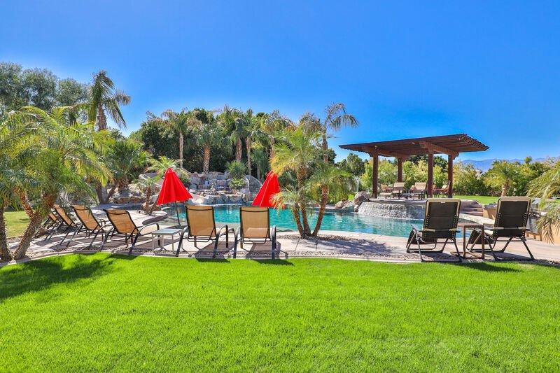Palm Springs 6 bedroom vacation homes