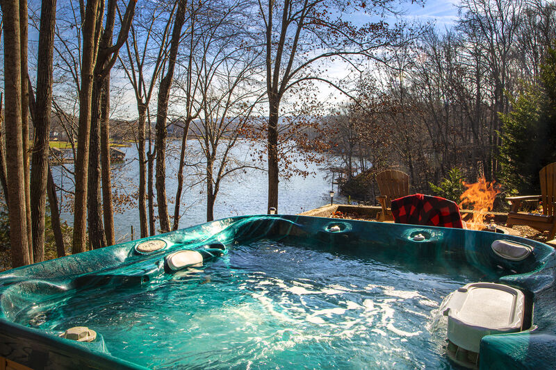 Book This Pet Friendly Smith Mountain Lake Rental Premier Vacation Rentals