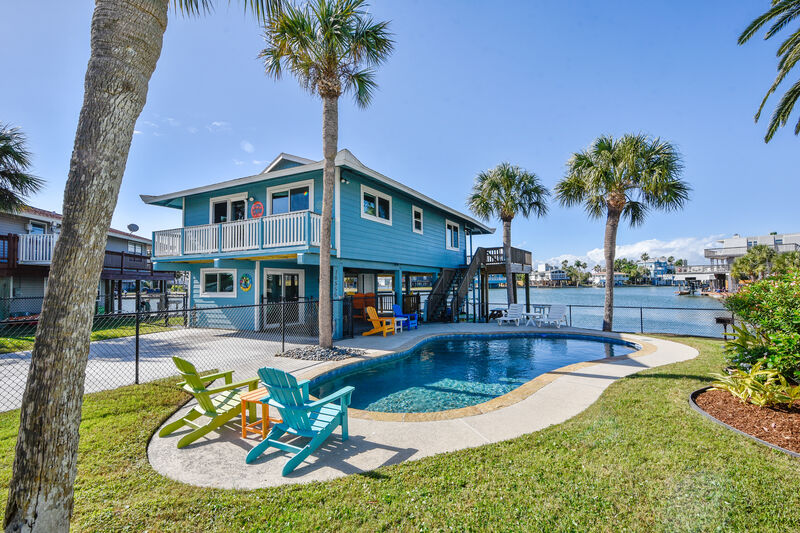 Ryson Real Estate and Vacation Rentals: Island Life in