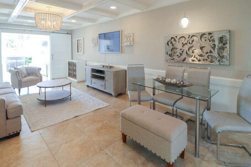 Sunset Royale - 104- Recently Renovated  with Outdoor Patio w/ S photo