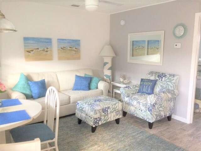 Gulf Holiday Unit 12- Close to Beach and Siesta Key Village! photo