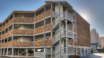 Palmwood Villas 110
