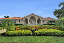Marco Naples Vacation Rentals - HER566 photo