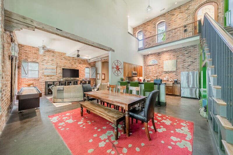 Happy Living House