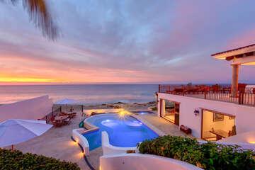 Casa La Laguna - Spectacular Beachfront Home on the East Cape