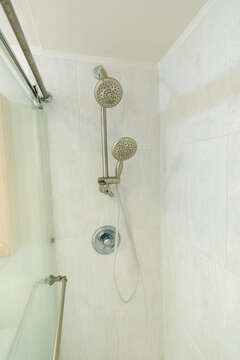 Shower with handheld