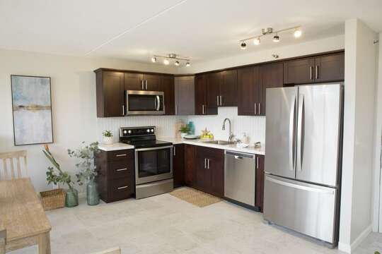 completely remodeled kitchen all new stainless steel appliances