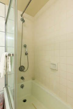 Shower bathtub combo