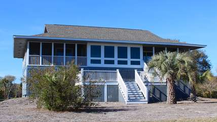 This beachhome is very close to the clubhouse and has golf and ocean views!
