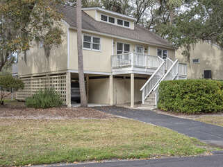 501 Tarpon Pond is the perfect location for your Seabrook Island vacation.