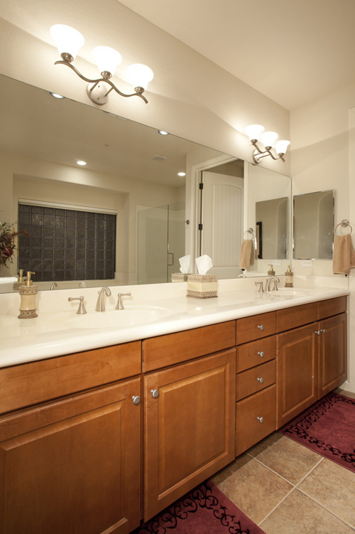 Master bath has tons of counter space