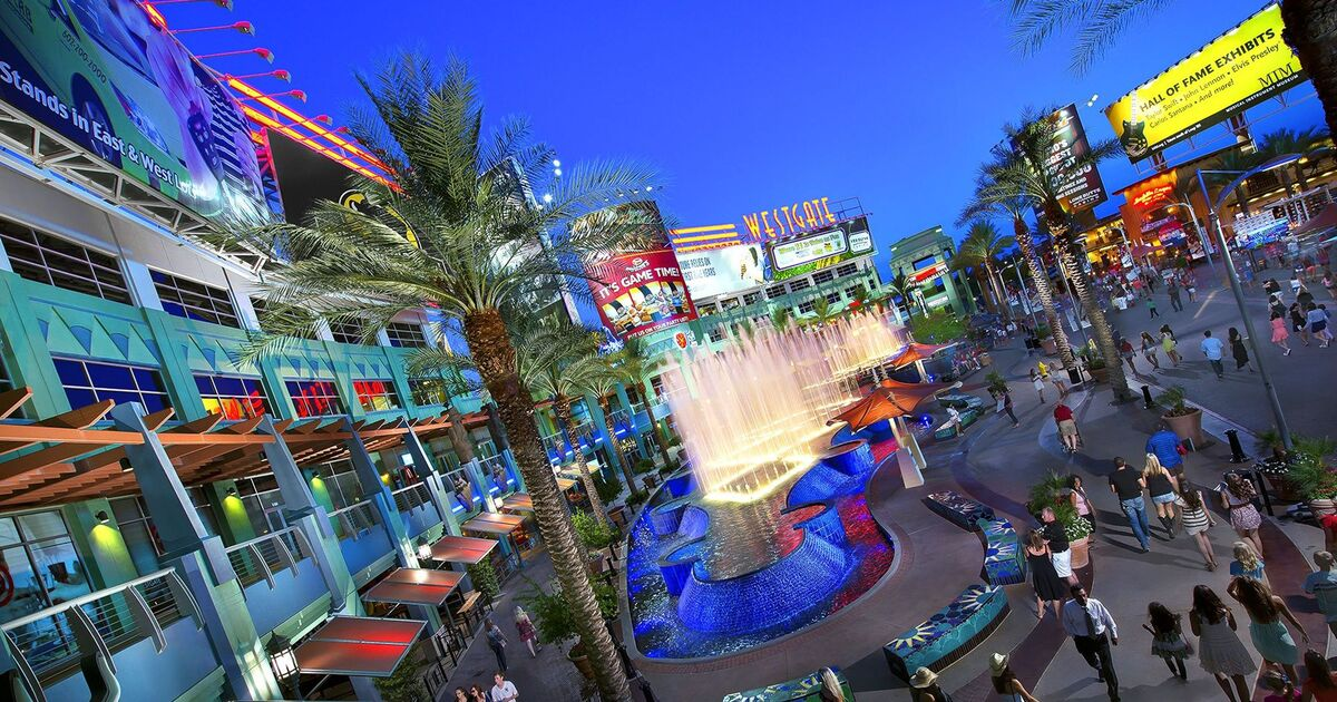 Westgate entertainment district is just a short 10 minute walk away