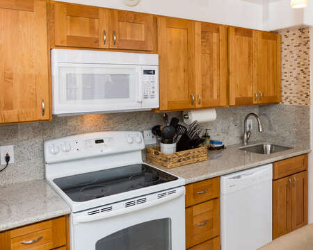 Completely updated kitchen with a dishwasher and 2.1 A USB outlets to charge iPads and Samsung Galaxy phones