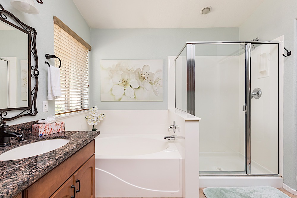 Master Bath - Dual Vanity, Large Soaking Tub, Walk-in Shower