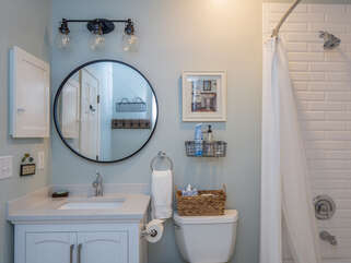 Hall bathroom for 2nd and 3rd bedrooms has been remodeled too!