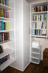 The closet shelves are stocked with books. You'll have no problem finding something to read on the beach!