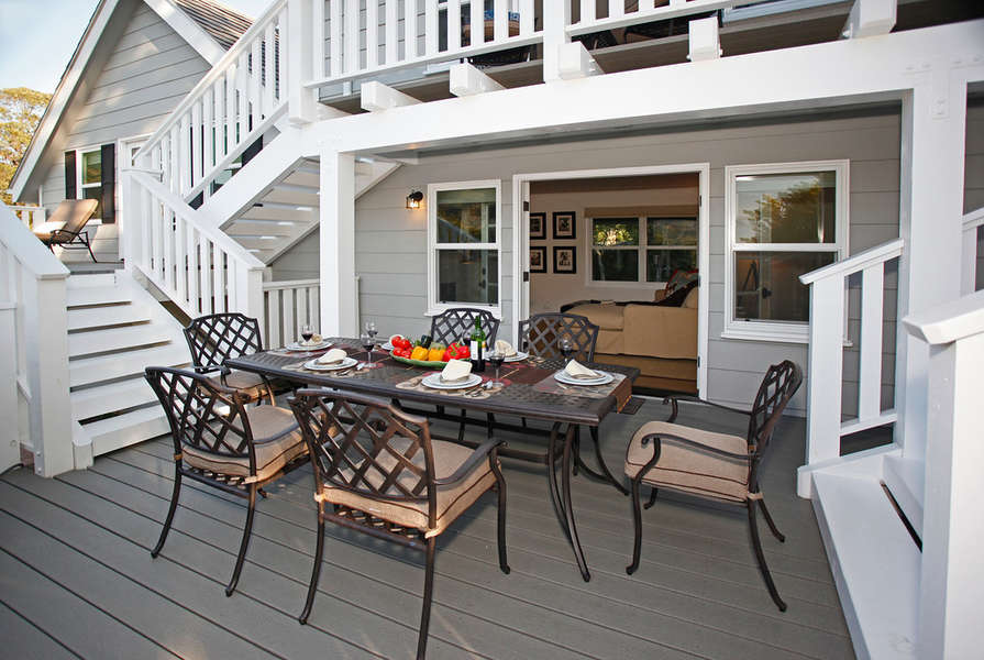 Family and Living Rooms open to central deck