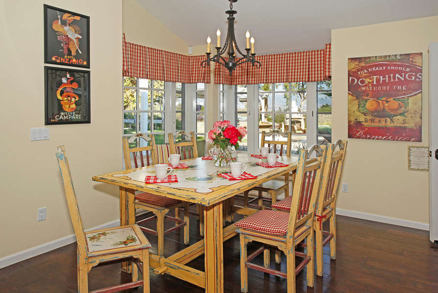 Country ambiance and casual dining in the Family Room