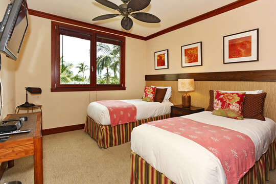 Bedroom 3 with Twin Beds