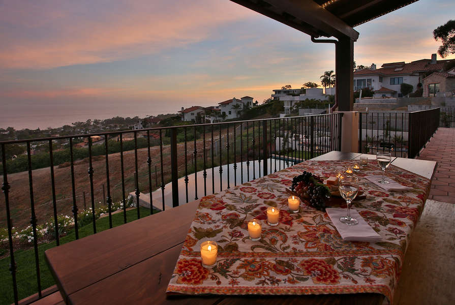 Dine al fresco on upper balcony