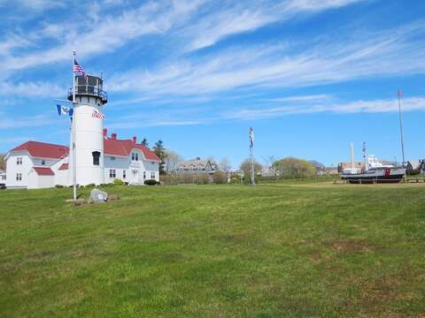 The Lighthouse in Chatham 0.5 mile from home - 11 Oyster Drive Chatham Cape Cod New England Vacation Rentals