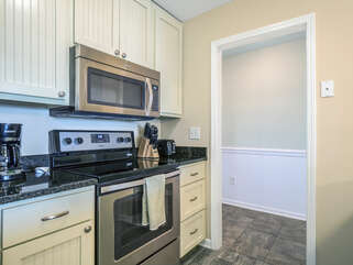 Fully stocked with stainless appliances