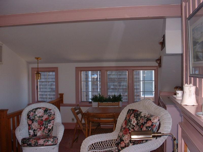 2md Floor Living Room