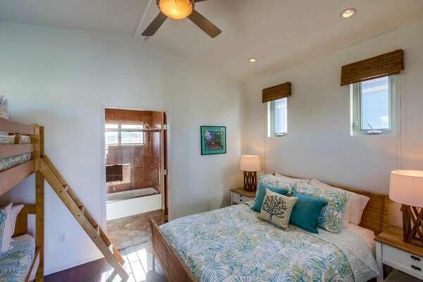 Bunk Room, Queen Bed + Twin/Twin Bunk, Third Floor