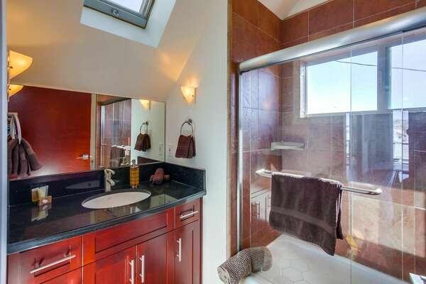 Full Bathroom, Third Floor