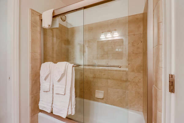 Master Bath, Third Floor