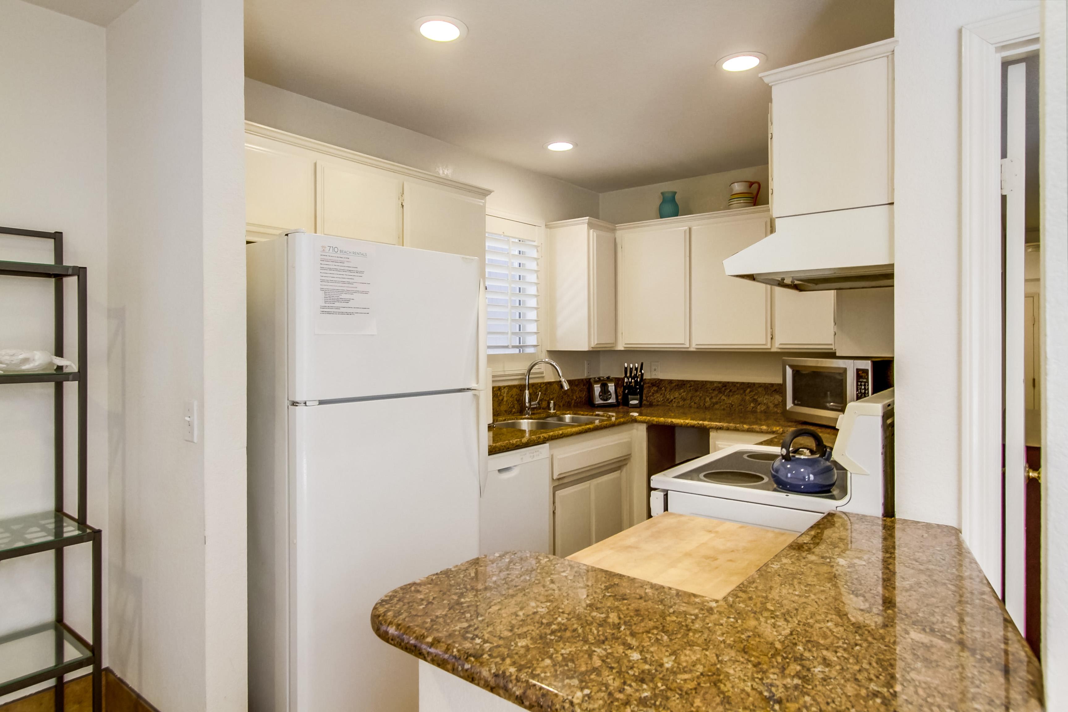 Apartment Full Kitchen, First Floor