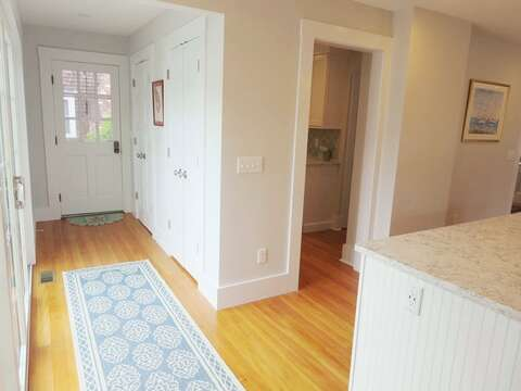 Side entry way -388 Main St-Chatham Cape Cod New England Vacation Rentals