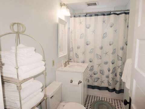 2nd floor bath with tub and shower -   388 Main St-Chatham Cape Cod New England Vacation Rentals