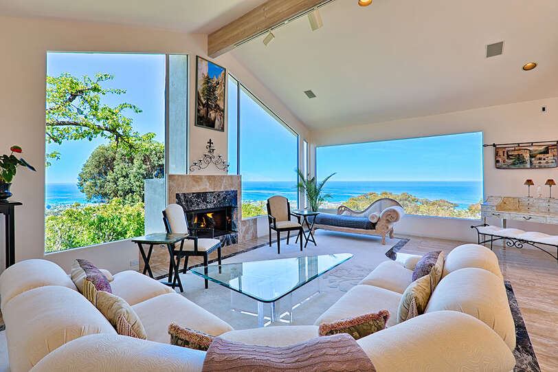 The Living Room's panoramic view is perfect for quiet times and relaxation