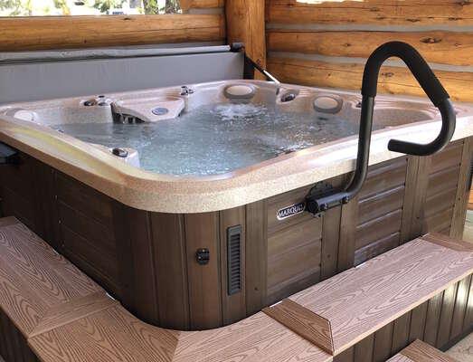 new 6-person hot tub