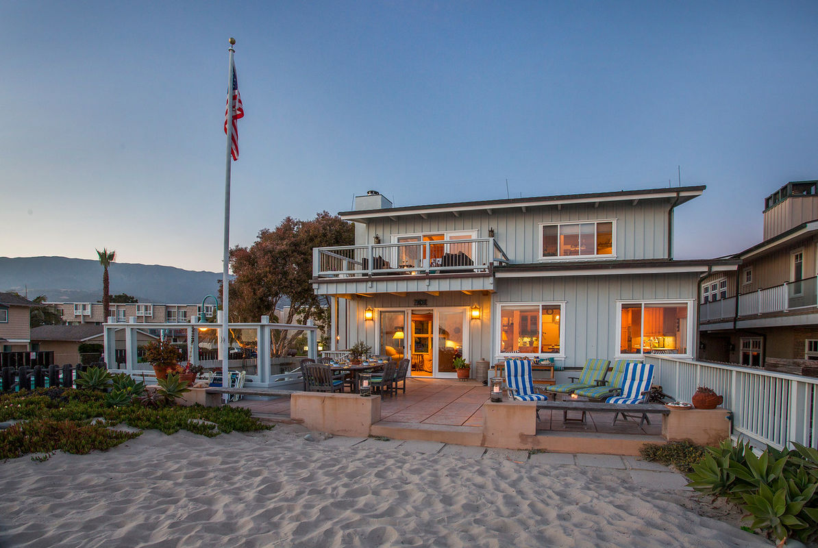 Sensational Paradise Retreats Beachfront Bliss In Carpinteria Complete Home Design Collection Epsylindsey Bellcom
