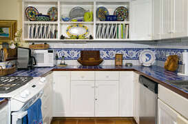 Lovely tile work in the kitchen