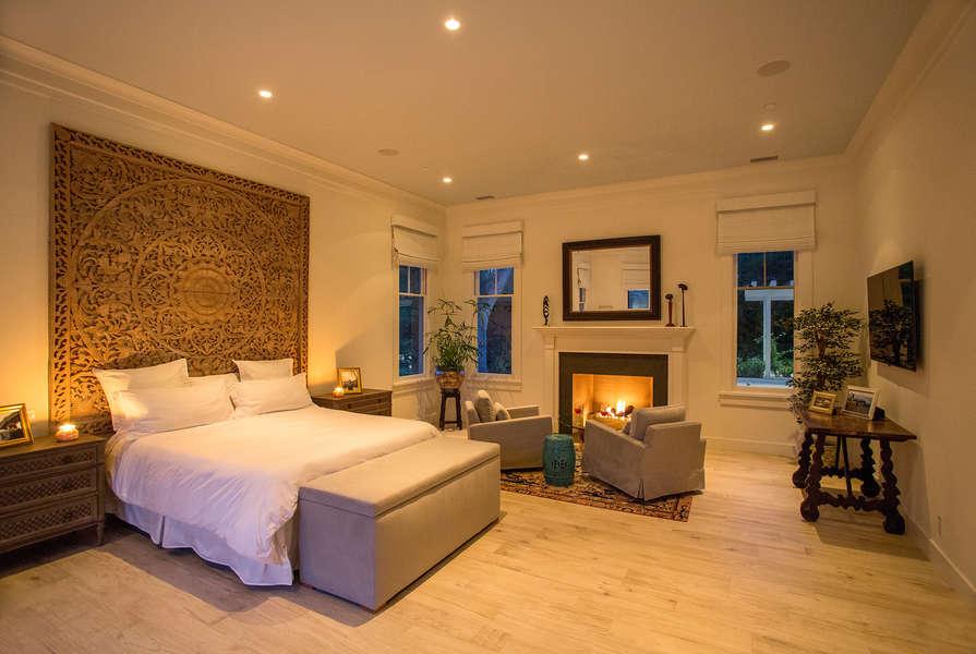 A romantic Master Suite