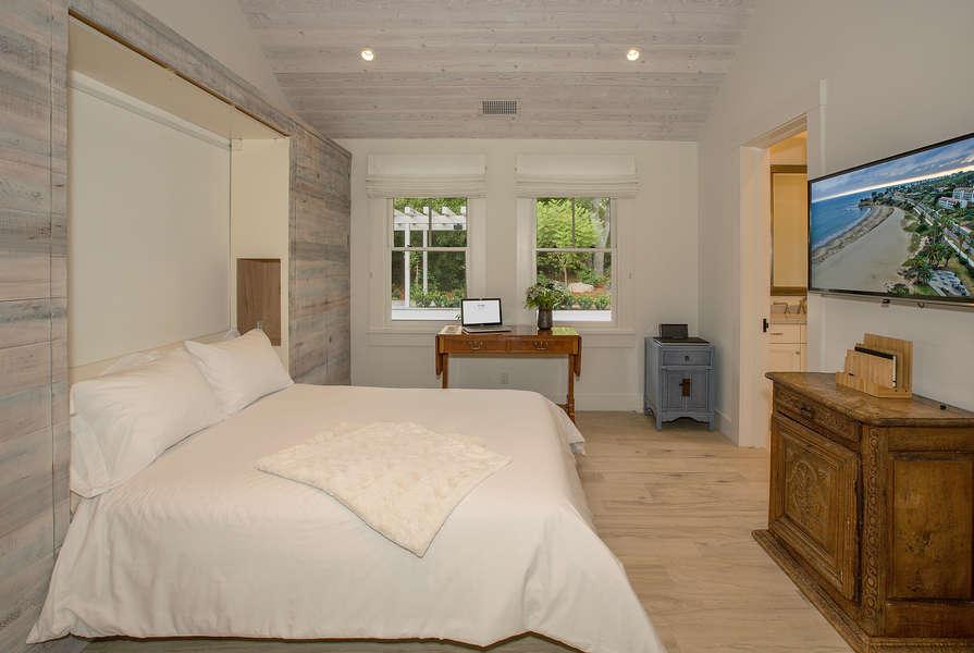 Bedroom #2 w/fold down queen-size Murphy bed
