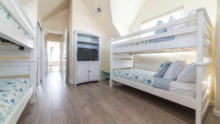 Bunk Bedroom - 3rd Floor