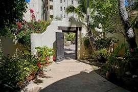 Entrance in Courtyard