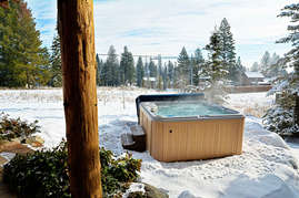 The view from the hot tub will leave you longing for the next days adventures on the hill.