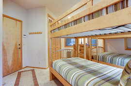 Bunk room - Downstairs (shares hall bath with King Master 2 OR full hall bathroom upstairs)